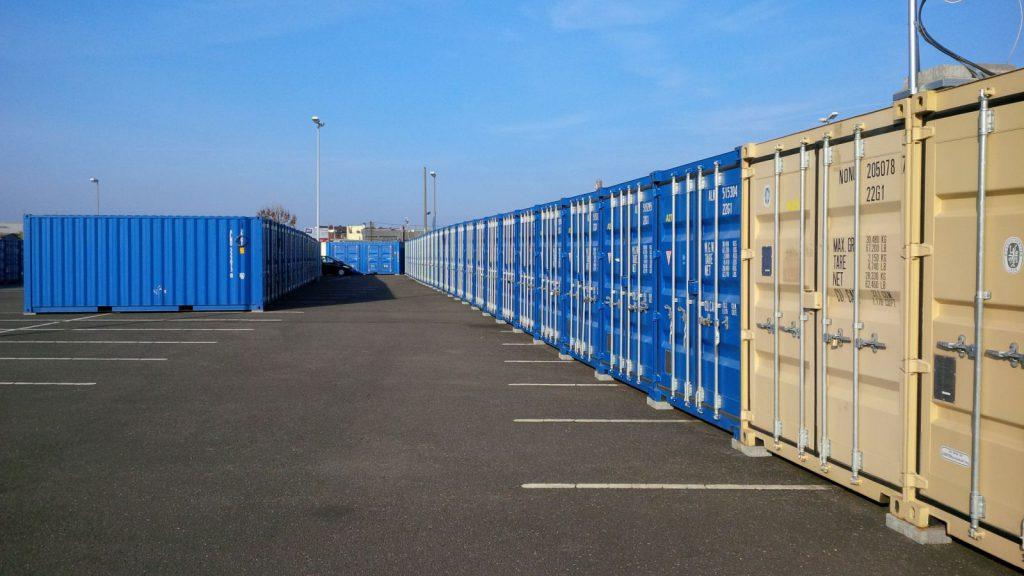 SelfStorage Stapper – Container-Lagerräume – Köln - Containerreihen - 1, Self-Storage, Self Storage, Lagerraumvermietung
